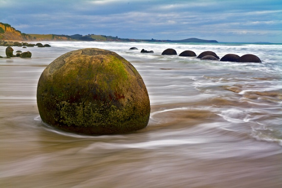 Worlds Oddest Sites - Moeraki Boulders