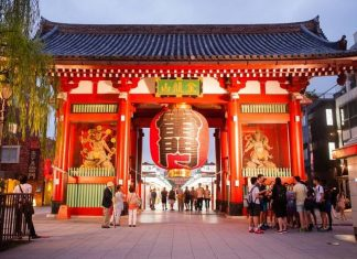 8 best shrines and temples in Tokyo you must visit