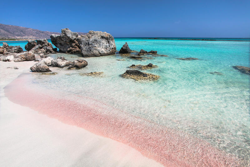 10 Must Visit Beautiful Beaches around the Globe