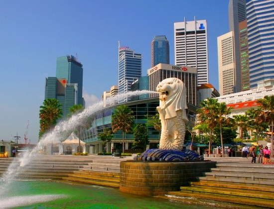 organize vacation to singapore on a budget