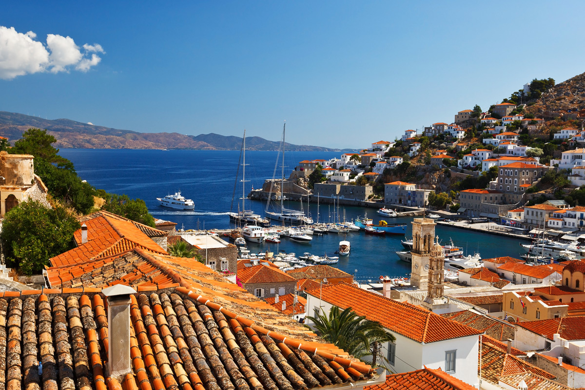 5 Enchanting Places to Visit in Greece